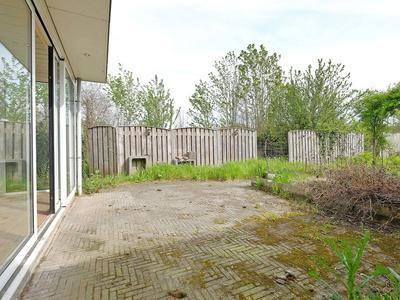 Lanterdijk 25 in Roosteren 6116 AH