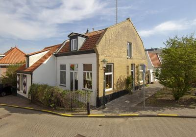 Kerkdwarspad 7 in Zandvoort 2042 HD