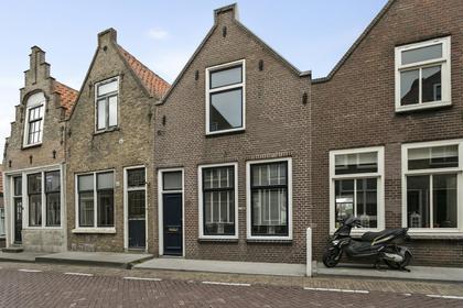 Hoofdpoortstraat 12 in Zierikzee 4301 AT
