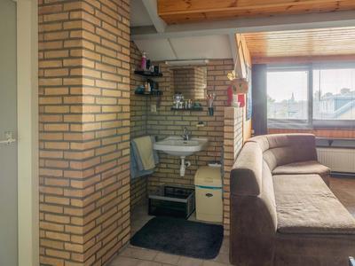 Oranjestraat 12 in Rijsbergen 4891 XP