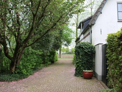 Hoeksehofstraat 12 in Ressen 6684 DH