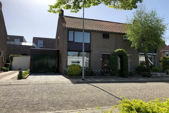 Prinses Beatrixstraat 9 in Stellendam 3251 XH