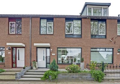 Beethovenlaan 168 in Zwijndrecht 3335 BB
