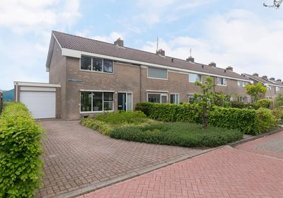 P.A. De Genestetstraat 11 in Harlingen 8862 WL
