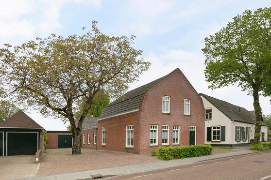 Dorpsstraat 15 in Casteren 5529 AV