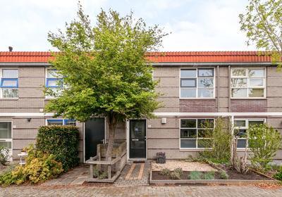 Zomertalinghof 19 in Zwolle 8043 JW