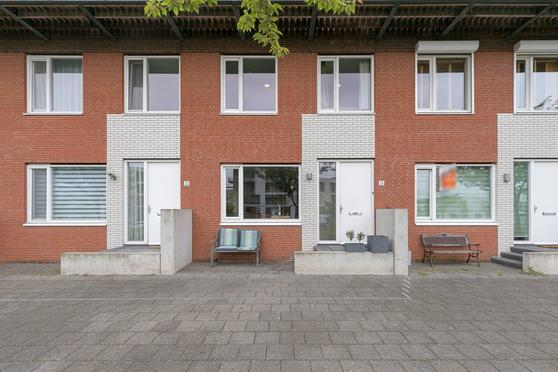 Maltaplein 23 in Rotterdam 3059 XW