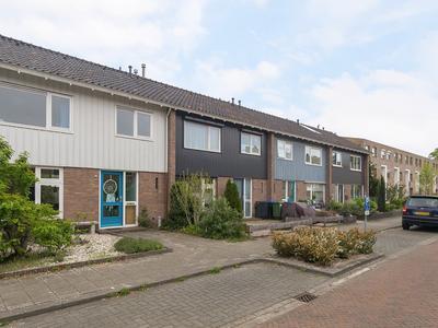 Donker Curtiusstraat 8 in Meppel 7942 CE