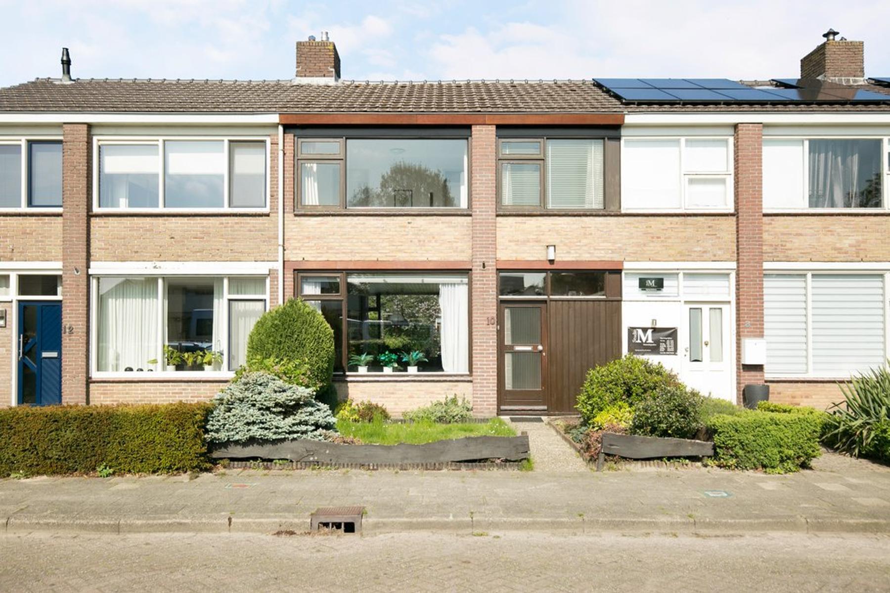 Elemastraat 10 in Coevorden 7741 CG