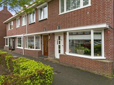 Minister De Visserstraat 21 in Enschede 7522 GC