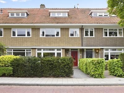 Hogerbeetsstraat 13 in Wassenaar 2242 TP