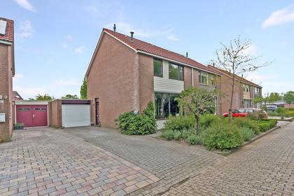 Barten 26 in Heerenveen 8447 BS