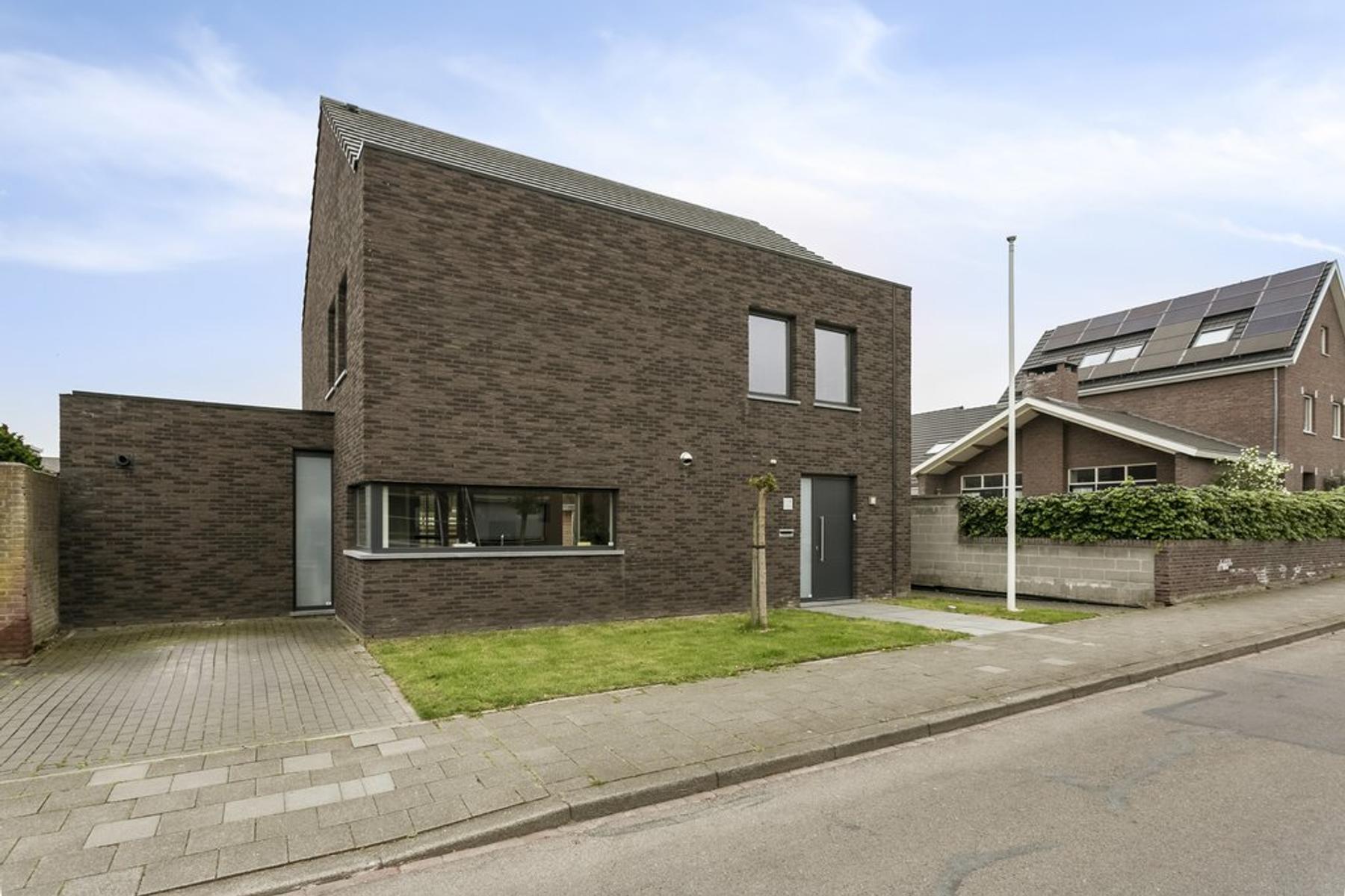 Redemptielaan 8 in Maastricht 6213 JA