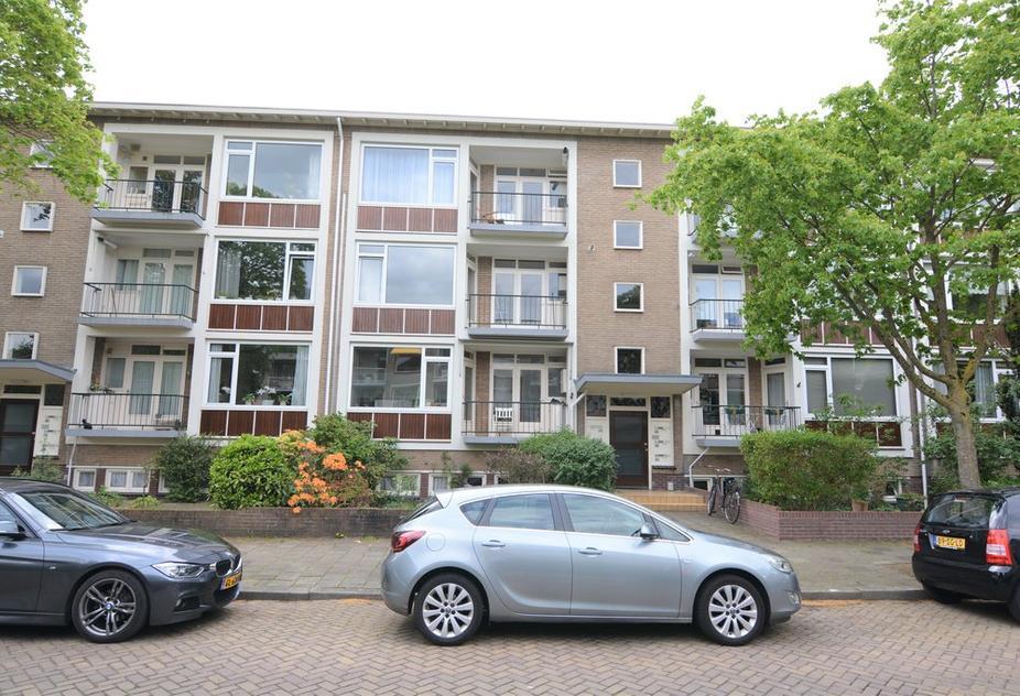 Willem Barentszweg 62 in Hilversum 1212 BM
