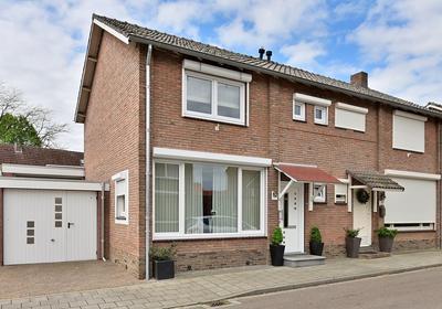 Duivenstraat 24 in Geleen 6165 BG
