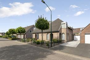 Julianastraat 30 in Heeswijk-Dinther 5473 EJ
