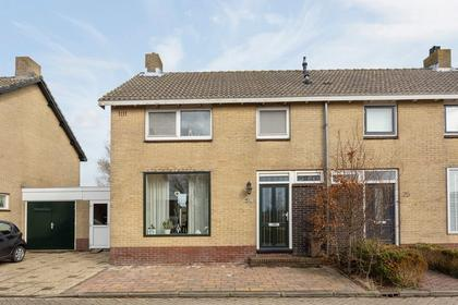 Stationsstraat 28 in Oostzaan 1511 AW