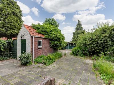 Sluisweg 55 in Hardinxveld-Giessendam 3371 ER