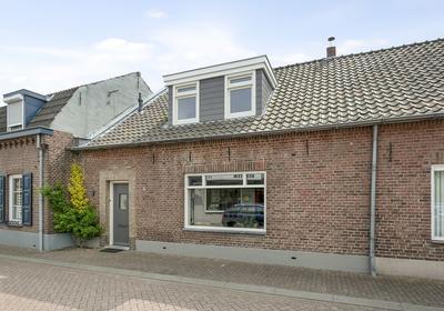 Veldje 10 in Roermond 6042 JB