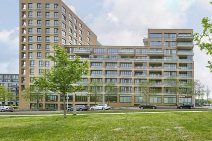 Titus Van Rijnstraat 144 in Amsterdam 1058 GB