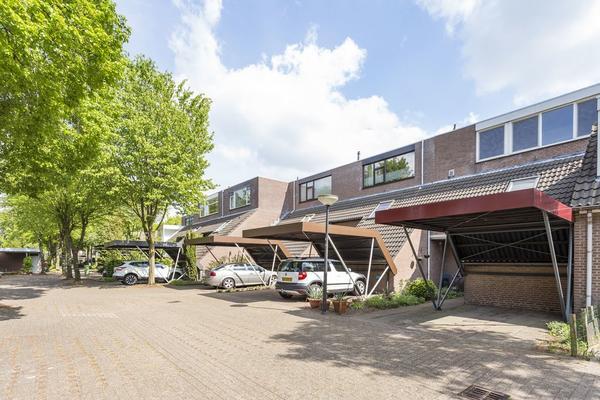 Sluiskeshoeven 62 in Rosmalen 5244 GP