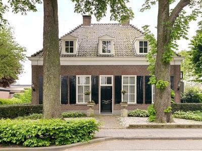 Burgemeester Van Erpstraat 28 in Berghem 5351 AW