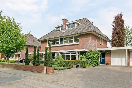 Dierdonklaan 32 in Helmond 5709 MT