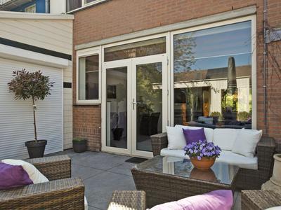 Doornenburg 122 in Alphen Aan Den Rijn 2402 KG