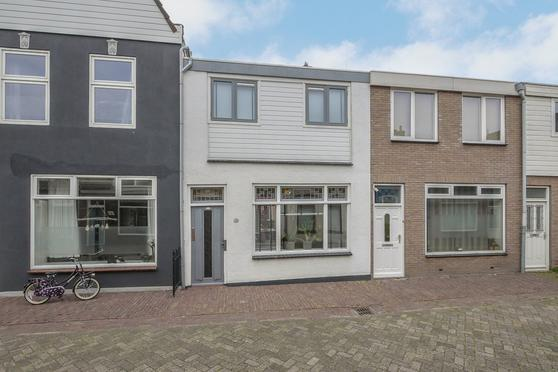 Breewaterstraat 38 in Den Helder 1781 GT