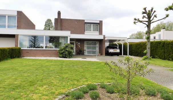 W. Schweitzerlaan 18 in Heerlen 6419 BB