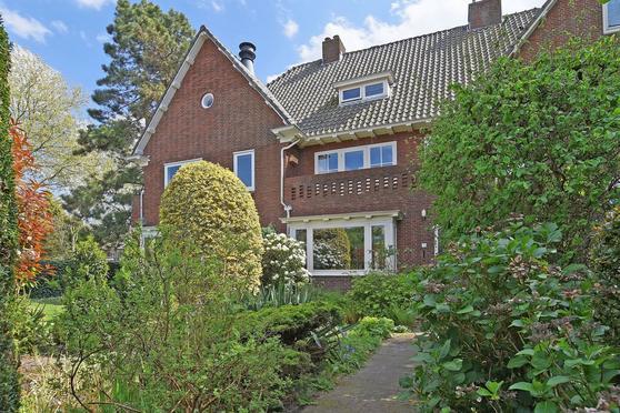 Deijlerweg 118 in Wassenaar 2241 AJ
