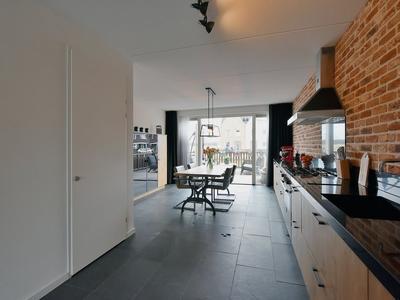 Jean Perrinstraat 10 in Almere 1341 DG