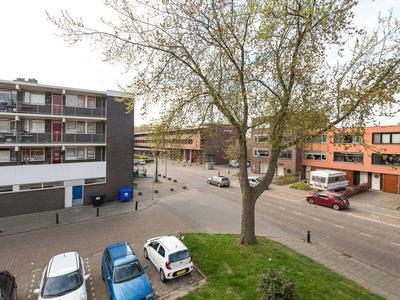 Chrysantstraat 70 in Zwijndrecht 3333 EC
