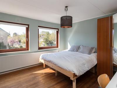 Cort Van Der Lindenlaan 102 in Naarden 1412 CB