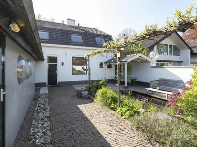 Zevenhuizerstraat 2 in Hoogland 3828 BD