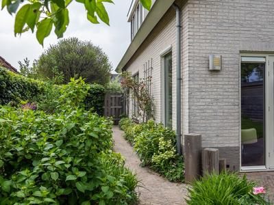 S. Abrahamsestraat 42 in Meteren 4194 RE