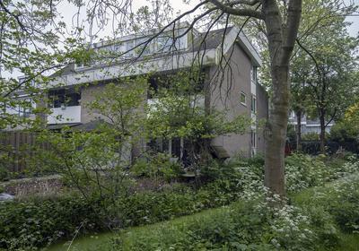Kloosterwei 243 in Warmond 2361 XJ