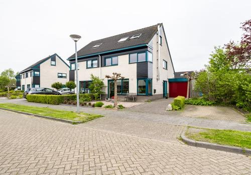 Dubbellooflaan 11 in Peize 9321 LL