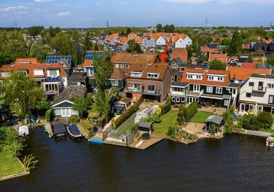 Landsmeerderdijk 8 in Amsterdam 1035 PW