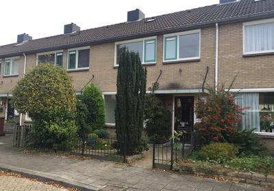 Van Maarenplein 35 in Soesterberg 3769 EN
