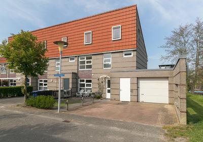 Zomertalinghof 39 in Zwolle 8043 JW