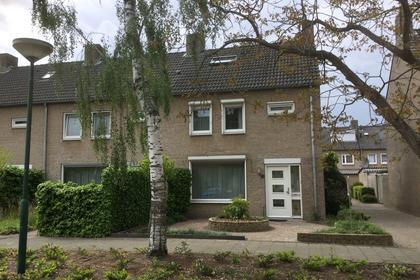 Stormmeeuwhof 16 in Nuenen 5672 EB