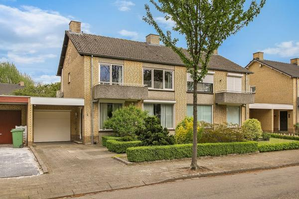 Kasteel Exaetenstraat 5 in Roermond 6043 HN