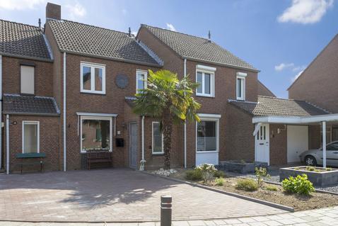 Prins Bernhardstraat 1 in Swalmen 6071 EG