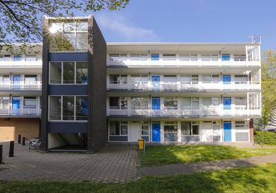 Bart Verhallenplein 37 in Schiedam 3122 TC