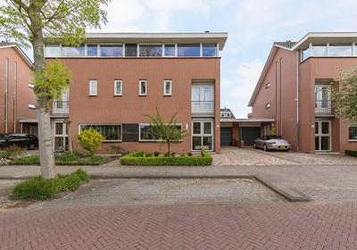 Lijsterbeswede 41 in Barendrecht 2993 GB