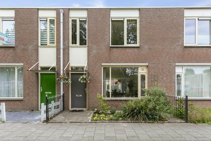 Grondzeilerplantsoen 82 in Almere 1333 BT