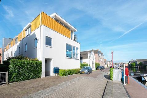 Rijnkade 30 in Bodegraven 2411 EB