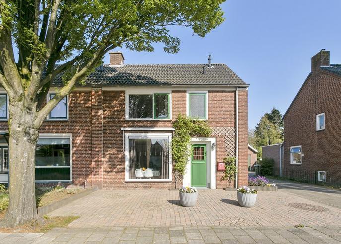 Wilhelminastraat 3 in Halsteren 4661 JV