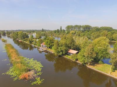 De Plassen Noord 65 in Breukelen 3621 PN